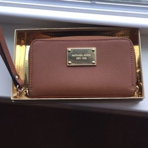 MICHAEL Michael Kors phone case/wallet with box